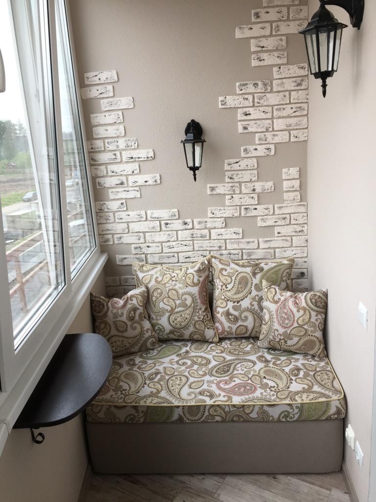 Бескаркасный диван на балкон! вариант дизайна.